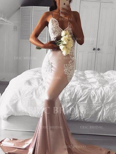 Trumpet/Mermaid V-neck Sweep Train Evening Dresses With Appliques Lace (017213641)