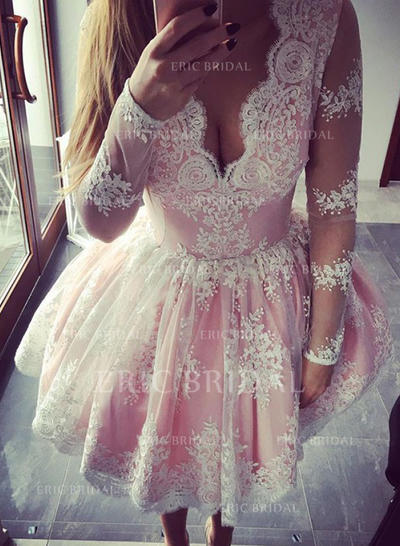 A-Line/Princess V-neck Short/Mini Lace Homecoming Dresses With Ruffle (022212388)