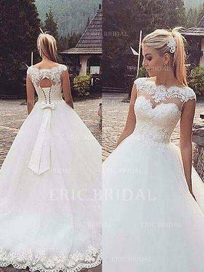 Ball-Gown Tulle Sleeveless Scoop Court Train Wedding Dresses (002147975)