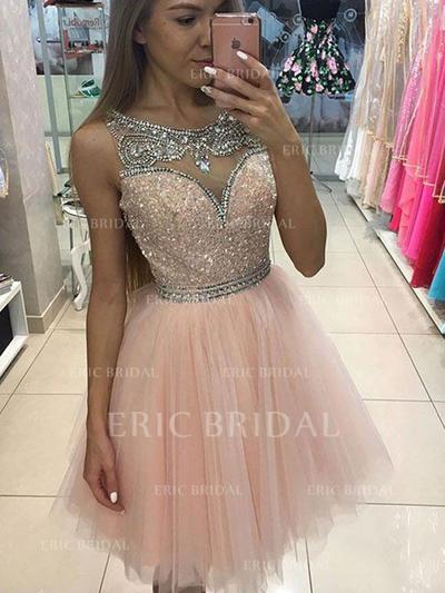 A-Line/Princess Scoop Neck Knee-Length Tulle Cocktail Dresses With Beading Sequins (016145266)