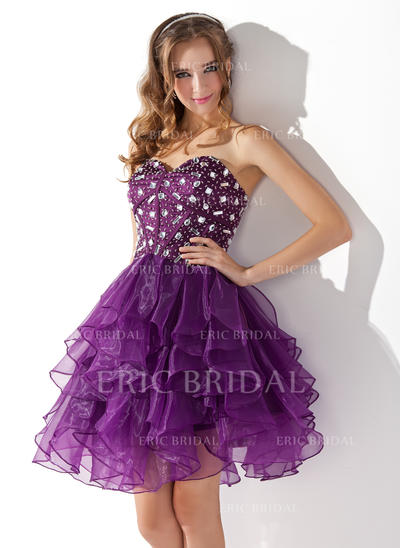 A-Line/Princess Sweetheart Knee-Length Cocktail Dresses With Beading Cascading Ruffles (016013753)