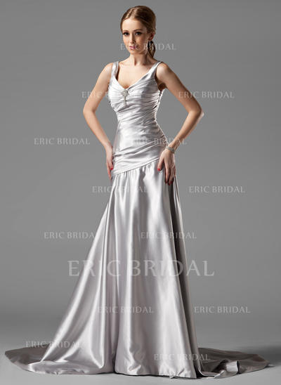 A-Line/Princess V-neck Court Train Evening Dresses With Ruffle Crystal Brooch (017004173)