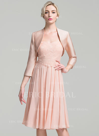 A-Line/Princess Sweetheart Knee-Length Mother of the Bride Dresses With Pleated (008094751)
