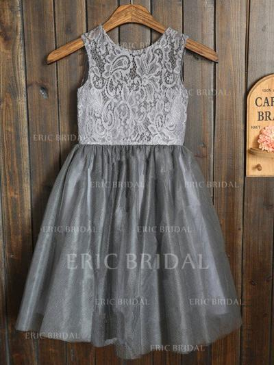 A-Line/Princess Scoop Neck Knee-length With Sash/Pleated Tulle/Lace Flower Girl Dresses (010211915)