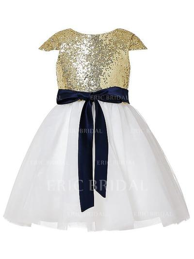 A-Line/Princess Scoop Neck Knee-length With Sash Tulle/Sequined Flower Girl Dresses (010211869)