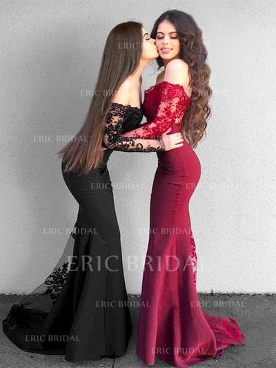 Trumpet/Mermaid Off-the-Shoulder Floor-Length Prom Dresses With Appliques (018218139)