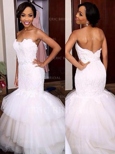 Trumpet/Mermaid Sweetheart Sweep Train Wedding Dresses With Beading (002148025)