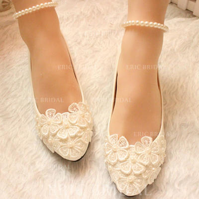 Women's Closed Toe Pumps Low Heel Leatherette With Imitation Pearl Flower Lace-up Chain Wedding Shoes (047207443)