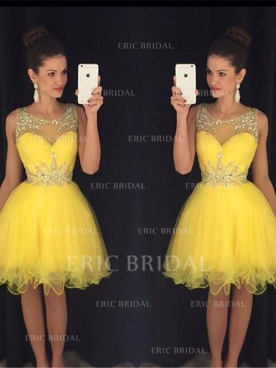 A-Line/Princess Scoop Neck Knee-Length Tulle Cocktail Dresses With Beading Sequins (016144695)