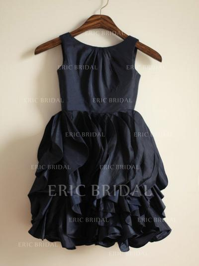 A-Line/Princess Scoop Neck Tea-length With Ruffles Taffeta Flower Girl Dresses (010211904)