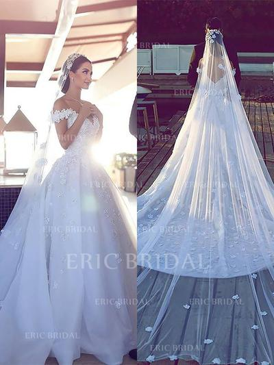 Flattering Off-The-Shoulder Ball-Gown Wedding Dresses Cathedral Train Tulle Lace Sleeveless (002210845)