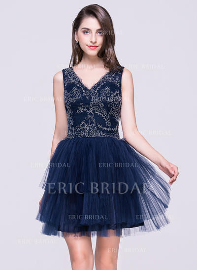 A-Line/Princess V-neck Short/Mini Tulle Homecoming Dresses With Lace Pleated (022214055)