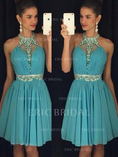 A-Line/Princess Halter Knee-Length Chiffon Cocktail Dresses With Ruffle Beading Sequins (016145353)