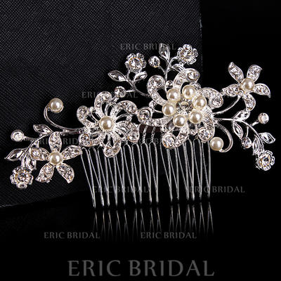 Combs & Barrettes Wedding/Special Occasion/Casual/Outdoor/Party Rhinestone/Alloy Beautiful Ladies Headpieces (042157219)