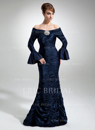 Trumpet/Mermaid Charmeuse Long Sleeves Off-the-Shoulder Floor-Length Zipper Up Mother of the Bride Dresses (008211232)