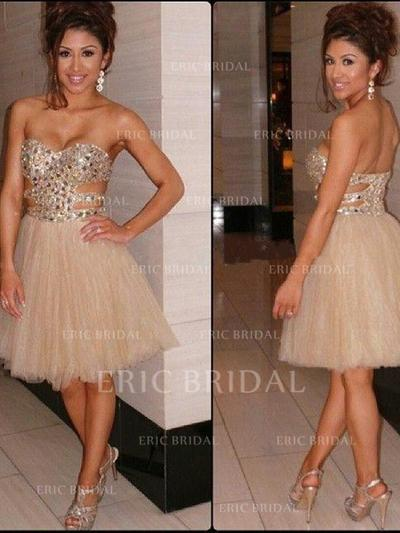 A-Line/Princess Sweetheart Knee-Length Cocktail Dresses With Beading (016145326)