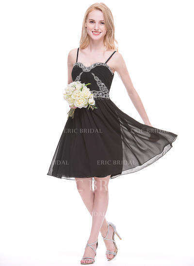 A-Line/Princess Sweetheart Knee-Length Bridesmaid Dresses With Ruffle Beading Appliques Lace Sequins (007075623)