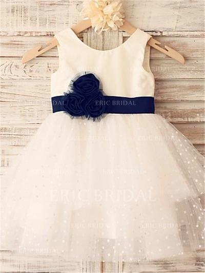 A-Line/Princess Scoop Neck Knee-length With Sash/Flower(s) Tulle Flower Girl Dresses (010212017)