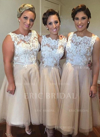 A-Line/Princess Scoop Neck Knee-Length Bridesmaid Dresses With Appliques (007211682)