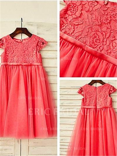 A-Line/Princess Scoop Neck Tea-length With Sash/Pleated Tulle/Lace Flower Girl Dresses (010212036)