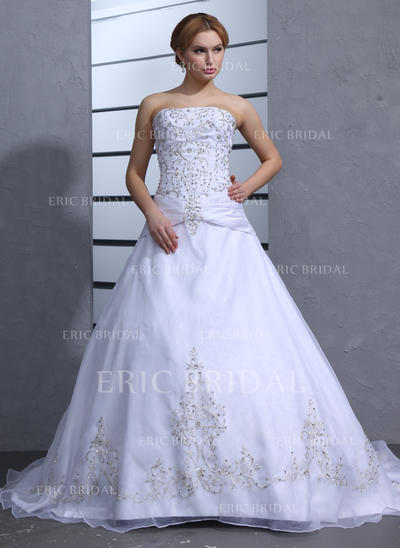 Ball-Gown Strapless Chapel Train Wedding Dresses With Beading (002000239)