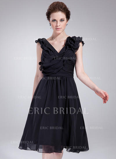 A-Line/Princess V-neck Knee-Length Cocktail Dresses With Ruffle Flower(s) (016211090)