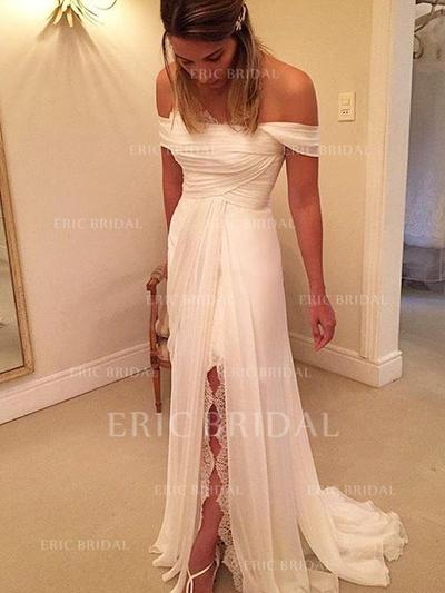 A-Line/Princess Off-The-Shoulder Sweep Train Wedding Dresses With Ruffle Lace Split Front (002144834)