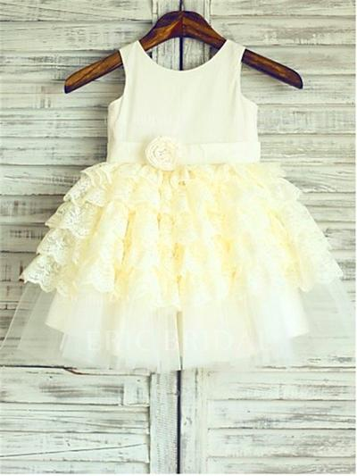 A-Line/Princess Scoop Neck Knee-length With Ruffles/Flower(s) Satin/Tulle Flower Girl Dresses (010212033)