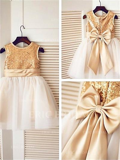 A-Line/Princess Scoop Neck Knee-length With Sash/Bow(s) Tulle/Sequined Flower Girl Dresses (010211881)