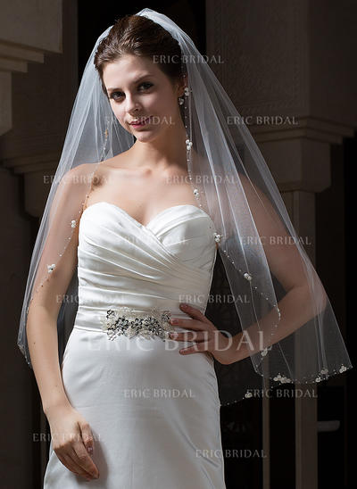 Fingertip Bridal Veils Tulle One-tier Oval With Beaded Edge Wedding Veils (006151084)