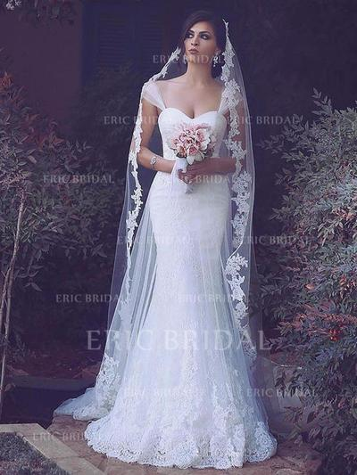 Trumpet/Mermaid Sweetheart Sweep Train Wedding Dresses With Lace (002217946)