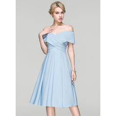 A-Line/Princess Off-the-Shoulder Knee-Length Satin Cocktail Dress With Ruffle