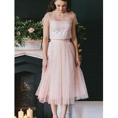 A-Line/Princess Scoop Neck Tea-Length Tulle Cocktail Dresses With Beading