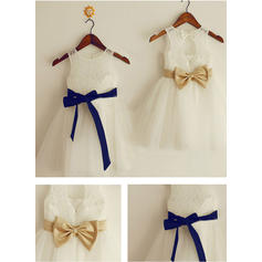A-Line/Princess Scoop Neck Knee-length With Sash/Bow(s) Tulle/Lace Flower Girl Dresses (010211864)