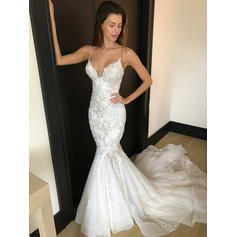 Trumpet/Mermaid Deep V Neck Chapel Train Wedding Dresses With Appliques Lace