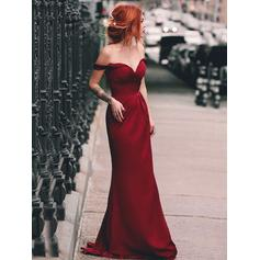 Sheath/Column Off-the-Shoulder Sweep Train Prom Dresses With Ruffle (018219248)