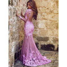 Trumpet/Mermaid Scoop Neck Sweep Train Prom Dresses With Appliques
