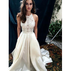 A-Line/Princess Scoop Neck Chapel Train Wedding Dresses With Lace