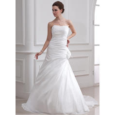 A-Line/Princess Sweetheart Court Train Wedding Dresses With Ruffle Beading Feather Flower(s)