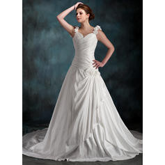 A-Line/Princess Sweetheart Chapel Train Wedding Dresses With Ruffle Flower(s)
