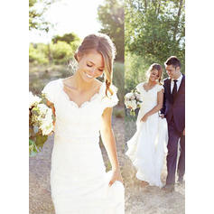 V-neck Trumpet/Mermaid Wedding Dresses Chiffon Lace Sleeveless Sweep Train