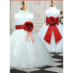 Ball Gown Scoop Neck Knee-length With Sash/Flower(s)/Bow(s) Satin/Tulle Flower Girl Dresses