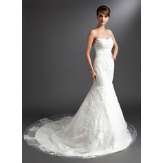 Trumpet/Mermaid Sweetheart Chapel Train Wedding Dresses With Lace (002196895)
