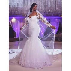 Trumpet/Mermaid Sweetheart Court Train Wedding Dresses With Beading Appliques Lace (002147793)