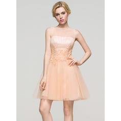 A-Line/Princess Scoop Neck Short/Mini Tulle Homecoming Dresses With Ruffle Beading Sequins