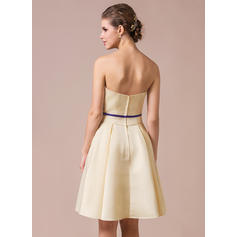 bridesmaid dresses under 200 dollars