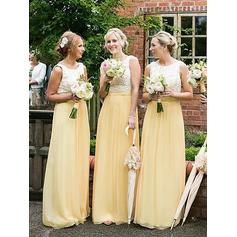 A-Line/Princess Scoop Neck Floor-Length Bridesmaid Dresses With Lace