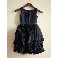 A-Line/Princess Scoop Neck Tea-length With Ruffles Taffeta Flower Girl Dresses