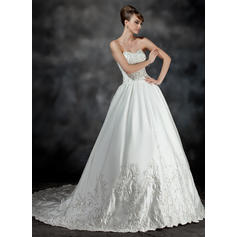 Ball-Gown Sweetheart Chapel Train Wedding Dresses With Ruffle Beading