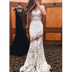 Trumpet/Mermaid Scoop Neck Sweep Train Lace Evening Dresses
